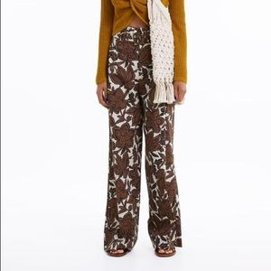 Brand new never worn Zara floral print trousers